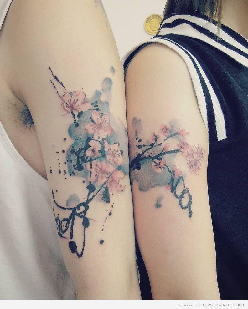 Tatuajes pareja estilo japonés, ramas de cerezo