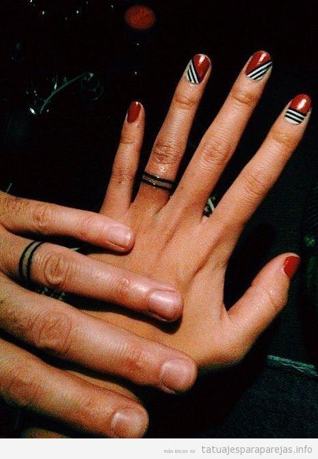 Tatuaje anillos pareja geométricos y minimalistas