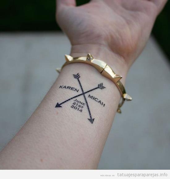 Diseño y caligrafía de tatuajes en pareja con nombres