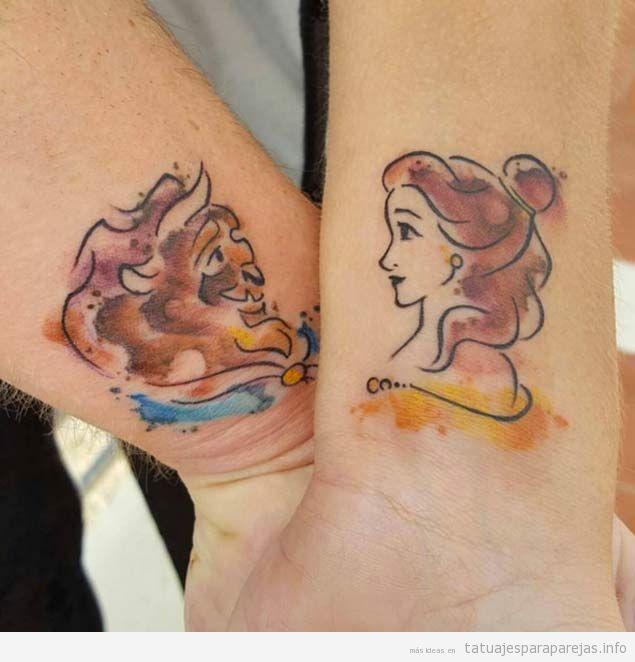 Tatuajes en pareja de parejas de dibujos animados de Disney, Bella y Bestia