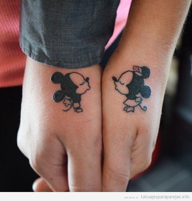 Tatuajes en pareja de parejas de dibujos animados de Disney, Mickey y Minnie mouse